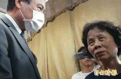 蘇嘉全代表總統慰問 李承翰母:不要讓假裝有症狀的人掛免死牌