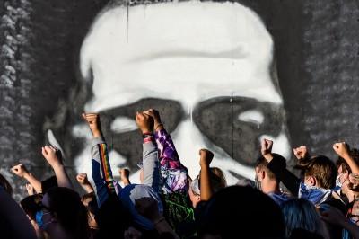 中國操作美國種族議題 法媒:合理化控制香港