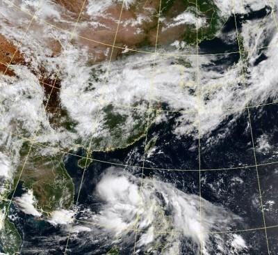 熱帶低壓今晚可能成颱 輸送水氣北上影響南台灣