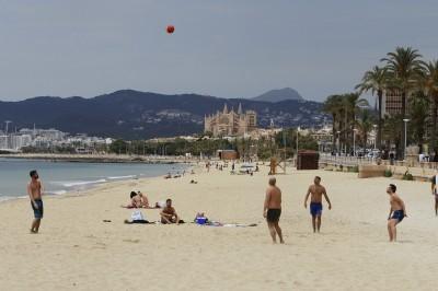 武漢肺炎》疫情趨緩 西班牙提早解禁歐洲旅遊