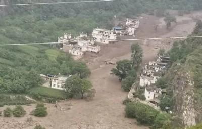 中國暴雨災情擴大 四川多地爆嚴重土石流 超過5萬人受災