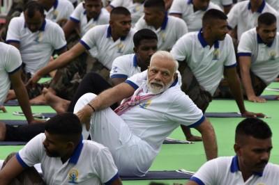 武漢肺炎》印度確診持續增加 總理莫迪力推瑜珈防疫