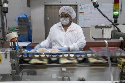疫情加劇全球就業危機 約4億個全職工作消失
