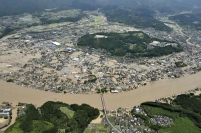 日本暴雨驚傳老人安養院淹水 14人沒有呼吸心跳