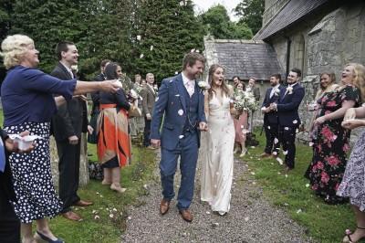 武漢肺炎》英國鬆綁婚禮 全國3個月來第一句「我願意!」