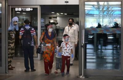 7/12華航包機助印度撤僑 台商爭取搭回程機返台
