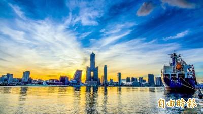 楊明州首度合體高雄熊  宣布三倍券高雄觀光促銷6大方案