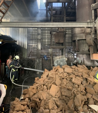 台中烏日工廠火警 4民眾1消防員燙傷送醫
