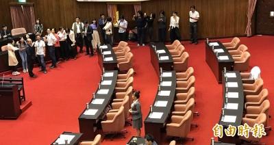 立院投票過關 同意黃榮村、周弘憲出任考試院正、副院長