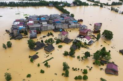 鄱陽湖水位暴漲超越1998洪災高點!江西防洪進入「戰時狀態」