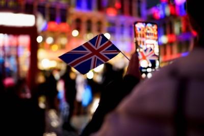 放寬BNO持有人權利  英國成港人最心儀移民國家