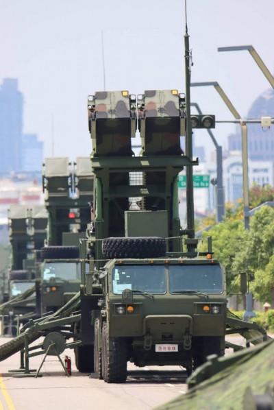 漢光演習》愛國者與天弓防空飛彈進駐台中 展現空軍防護網