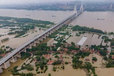盯緊「三峽大壩」!中官方警告長江上游3天後再來一波洪水