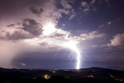 劇烈雷陣雨再3天!未來1週先大雨後熱爆 這張圖秒懂