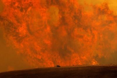 美國南加州「蘋果大火」 近8000居民撤離
