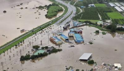 南韓暴雨已釀30死  輕颱「薔蜜」明日恐撲韓再釀災情