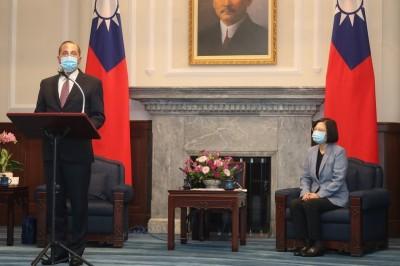 阿札爾坦言發音失誤叫錯蔡總統 前外交官:非常老美的風格