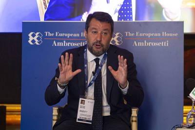 義大利極右派領袖批政府優柔寡斷 恐淪為「中國殖民地」