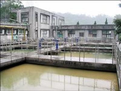 暖暖淨水場百年來仍維持淨水功能。(記者盧賢秀攝)