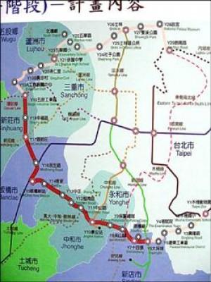 台北捷運環狀線第一階段路線(紅色)行經新店、中和、板橋、新莊等地,全長十五點四公里,合計十四個車站。(記者曾德峰攝)