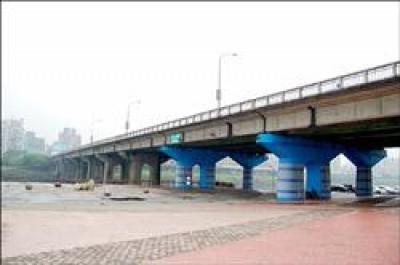 中正橋(記者吳仁捷攝)