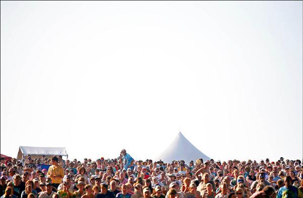 過往的樂章,總是傳奇的更為動人,今年是胡士托音樂祭四十年紀念,樂迷齊聚緬懷這段音樂史上的盛典。(資料照,路透)