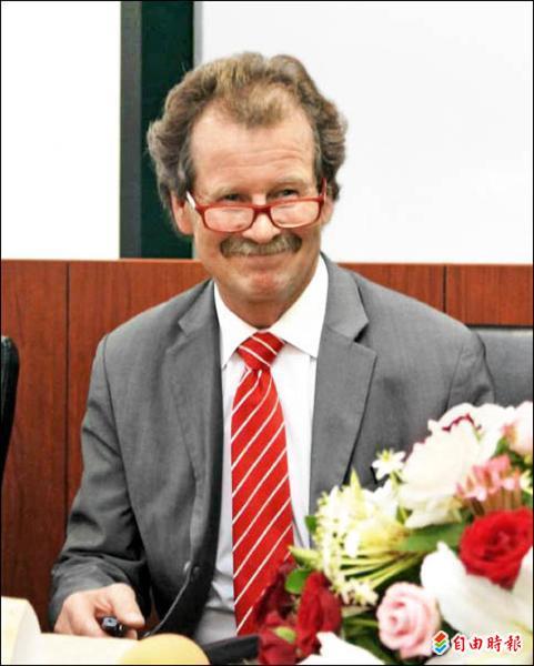 前聯合國酷刑問題特專曼弗雷德.諾瓦克(Manfred Nowak)教授日前來台演講。(記者項程鎮攝)