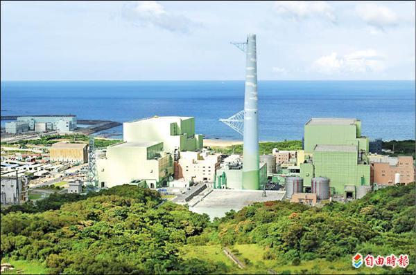 已追加四次預算的核四工程,台電研議將再追加563億元,總建造經費來到3300億元,商轉日期再延長39個月。(資料照,記者盧賢秀攝)