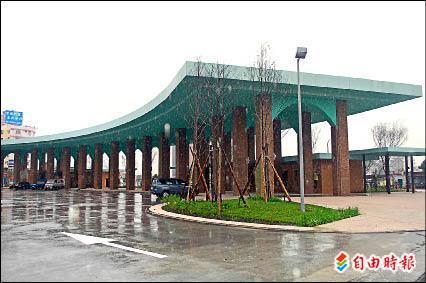 羅東轉運站預定下週二啟用,將成為宜蘭縣溪南地區的大眾運輸樞紐。(記者江志雄攝)