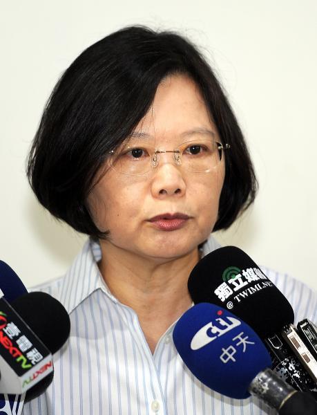 2012總統大選,蔡英文及其陣營斥宇昌案為政治抹黑、選舉奧步,結果仍受創敗選。(資料照)