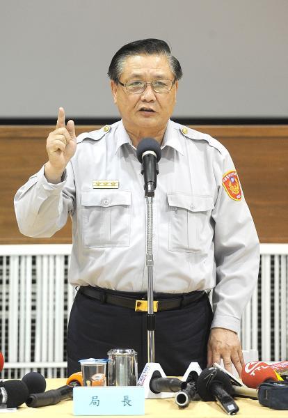 台北市警局局長黃昇勇指出,318學運至今,台北市刑事案件增加1820件。(記者方賓照攝)