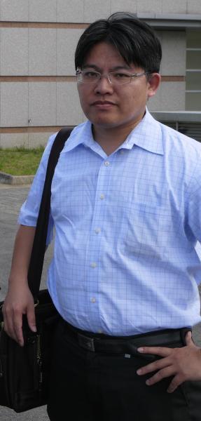 4月29日遭槍決的死刑犯劉炎國委任律師邱顯智表示,當天上午還和劉討論聲請非常上訴事情,沒想到晚上劉就被推上刑場,對於沒能救回他感到很抱歉。(資料照,記者王英傑攝)