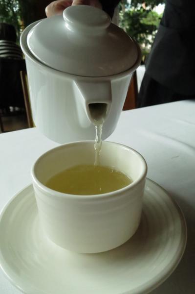 日本研究發現,每天喝綠茶,可有效預防癡呆症。(資料照,記者楊久瑩攝)