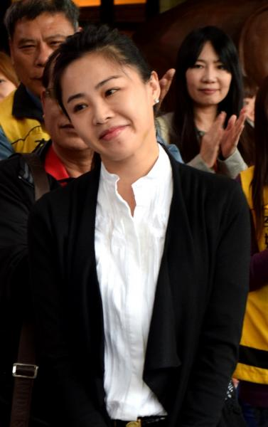 新北議員李婉鈺因日前辱罵吳祖望「神經病」,遭判賠30萬元定讞,她堅決表示「我一毛錢也不會付!」,表示要反告吳祖望。(資料照,記者陳韋宗攝)