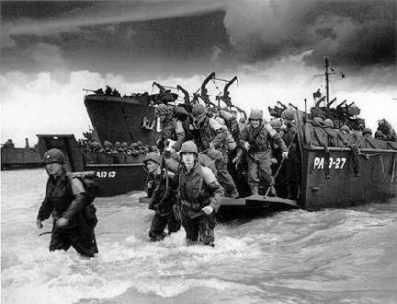 諾曼第登陸當年成功在歐洲西部開闢了第二戰場,卻也是二戰中死傷最慘烈的戰事之一。(圖取自網路)