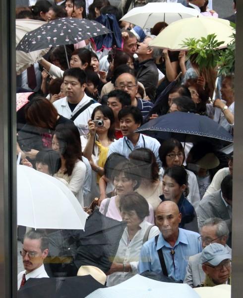 日本最新高齡社會白皮書指出,日本社會的老年人口破紀錄,佔總人口比例的25.1%。(彭博社)