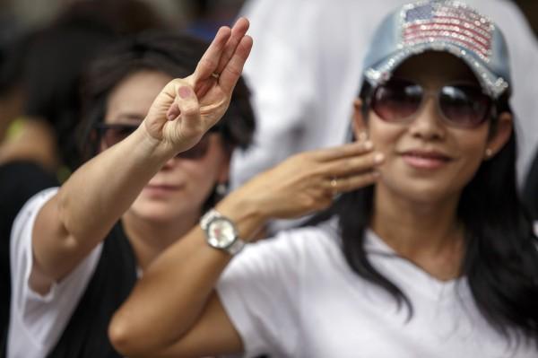 泰國軍政府發動政變奪權,在嚴格限制公民自由情況下,漸漸受到人民反彈。(路透)