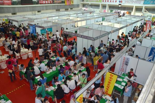 國外網站整理社會新鮮人會碰上的4大求職障礙。(資料照,記者吳俊鋒攝)