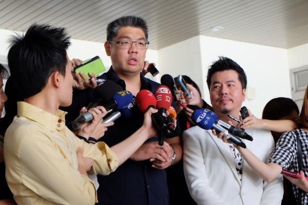 國民黨台北市長參選人連勝文陣營近日將揪內鬼,避免政策行程提早曝光。(記者盧姮倩攝)