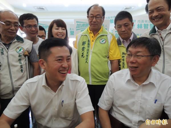 台北市長候選人柯文哲現身新竹市,力挺民進黨新竹市長候選人林智堅,強調未來只要有需要,一定回新竹市為他站台。(記者洪美秀攝)