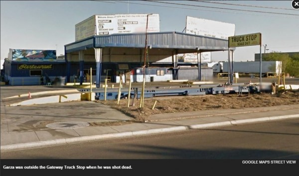 美國德州一名男子,在休息站持玩具BB槍把玩,卻遭警方連開60槍擊斃。(擷取自《紐約每日郵報》)