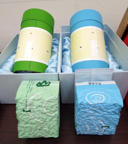 陳姓參選人坦承為求當選,6月起陸續購買茶葉禮盒分送給熟識的選民、尋求支持。示意圖,與本新聞無關。(資料照,記者張菁雅攝)