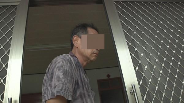 在台中公車上毆打老翁的醉漢,警方查出是苗栗苑裡鎮鄭姓精障男子。(記者張勳騰翻攝)