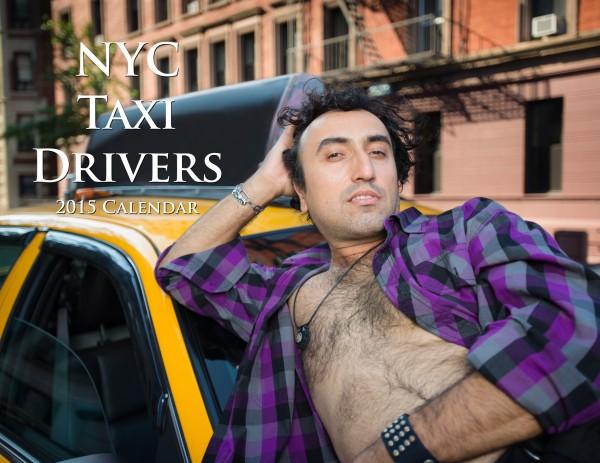 紐約運將繼2014年版,今年再度推出2015年版月曆,各色司機在引擎蓋上或椅靠車門自信展現「運將」精神。(取自NYC Taxi Drivers)