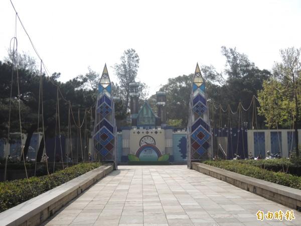 新竹市新竹公園面積涵蓋廣,有玻工館及麗池公園和動物園及花市等,有新竹城市之肺之稱,新竹公園的百年規劃案也成為藍綠雙方互摃的議題。(記者洪美秀攝)