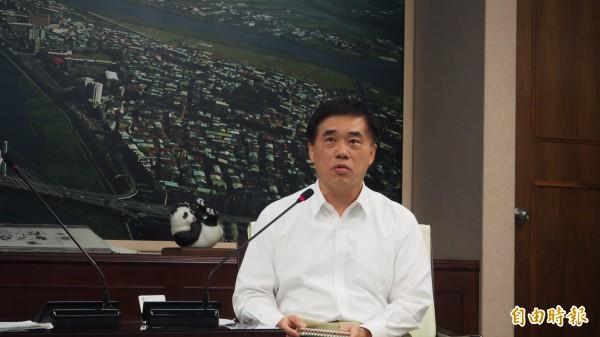 台北市長郝龍斌下午出面談食安風暴。(記者蔡亞樺攝)