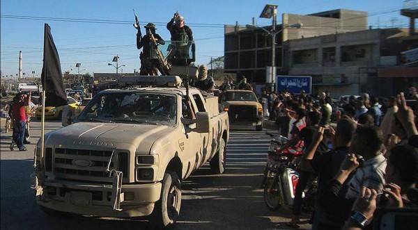 IS組織勢力持續擴張,恐怕會有更多無辜人民受害。(圖擷自《鏡報》)