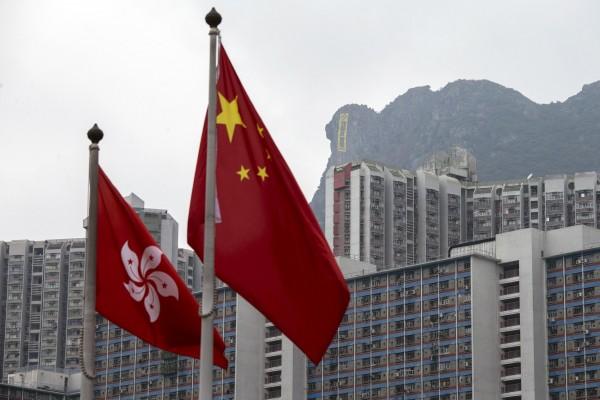英國國家檔案館日前釋出文件,指出英國政府在殖民香港期間,曾試圖引進民主普選制度,但因中國施壓告吹。(路透)
