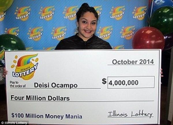 奧坎波收到父親送的19歲生日大禮,竟是刮中400萬美金(1.2億台幣)的刮刮樂。(圖取自英國每日郵報)