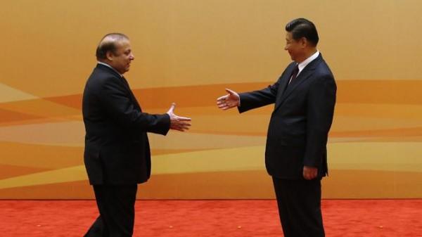 習近平描述中國和巴基斯坦的關係是「鐵桿朋友和全天候戰略合作伙伴」。(圖擷自BBC)